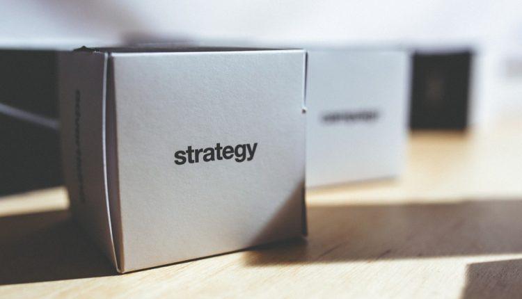 Het verschil tussen strategie en tactiek
